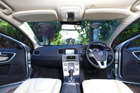 วอลโว่ V60 DRIVe