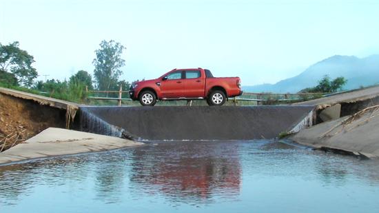 ทดสอบ Ford Ranger Double Cab Wildtrak 2.2L 4x4 ให้คุณมากกว่าความเป็นปิกอัพ
