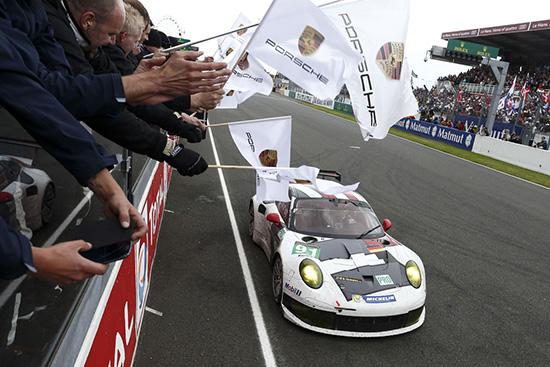 Porsche 911 RSR Le Mans 24 Hours
