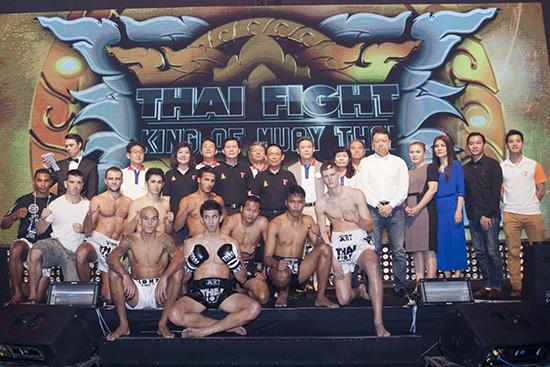THAI FIGHT 2013