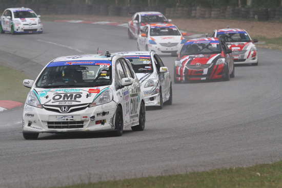 การแข่งขันรถยนต์ทางเรียบรายการโปร เรซซิ่ง ซีรีส์ ไทยแลนด์ แชมเปี้ยนชิพ 2013