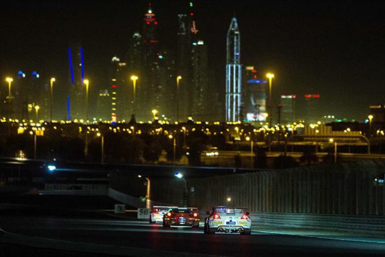 ต่อ เกรฟส์ คว้าอันดับ 3 Dubai 24 Hours 2014