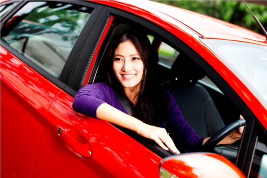 หยุดพฤติกรรมเสี่ยงขณะขับรถ เพื่อถนนที่ปลอดภัยยิ่งขึ้น
