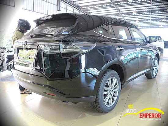 Emperor Import Cars เปิดตัว New Harrier 2014 พร้อมรับรถก่อนใคร