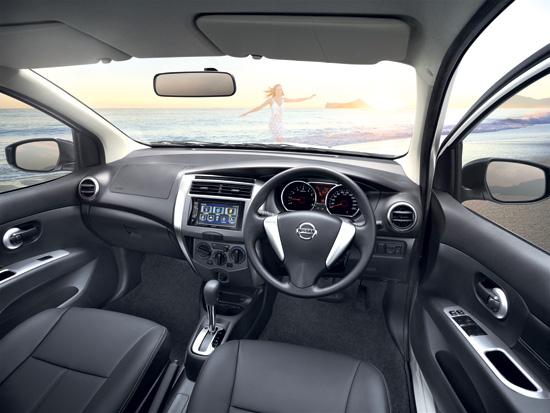 Nissan Livina,นิสสัน ลิวิน่า,นิสสันคอมแพ็คเอสยูวี,ราคานิสสัน ลิวิน่า,ราคา Nissan Livina,Livina