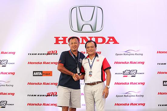 Honda One Make Race 2014,บุรีรัมย์ ยูไนเต็ด ซุปเปอร์ จีที เรซ,SUPER GT,BURIRAM SUPER GT,สนามช้าง อินเตอร์เนชั่นแนล เซอร์กิต,BuriramUnitedInternationalCircuit,SUPER GT 2014,gt300,gt500,เรซควีน,พริตตี้บุรีรัมย์ ซูเปอร์จีที,Racequeen BURIRAM SUPER GT,Racequeen,เรซควีน บุรีรัมย์ ยูไนเต็ด ซูเปอร์จีที,พริตตี้ BRIC