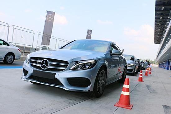 Mercedes-Benz C 180 Exclusive,Mercedes-Benz C 250 AMG Dynamic,ทดสอบ C-Class ใหม่,ทดสอบ Mercedes-Benz C180 ใหม่,ทดสอบ Mercedes-Benz C250 amg ใหม่,ทดสอบรถ Mercedes-Benz C180 ใหม่,ทดสอบรถ Mercedes-Benz C250 amg ใหม่,ทดลองขับ Mercedes-Benz C180 ใหม่,ทดลองขับ Mercedes-Benz C250 amg ใหม่,ทดสอบรถสนามช้าง,ทดลองขับเบนซ์ซีคลาสใหม่,สนามช้าง อินเตอร์เนชั่นแนล เซอร์กิต,Buriram United International Circuit