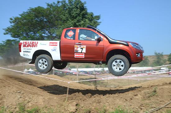 สรุปผลการแข่งขัน OFF ROAD TROPHY 2014 สนามที่ 5 จังหวัดสุพรรณบุรี,สรุปผลการแข่งขัน OFF ROAD TROPHY 2014 สนามที่ 5 สุพรรณบุรี,OFF ROAD TROPHY 2014 สนามที่ 5,OFF ROAD TROPHY 2014,ออฟโรดโทรฟี่ 2014 สนามที่ 5