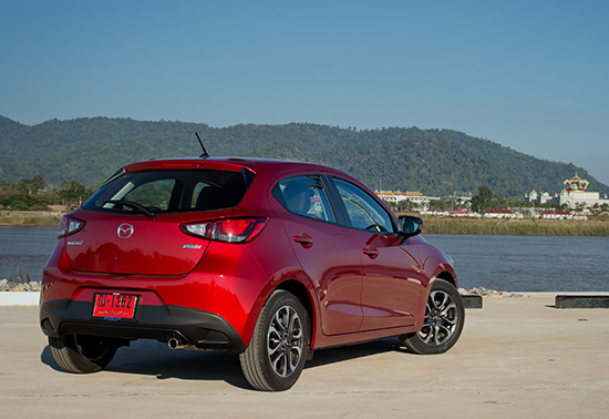 ทดสอบมาสด้า2 สกายแอคทีฟใหม่,ทดลองขับมาสด้า2 ใหม่,Testdrive Mazda2 ใหม่,คลิปทดสอบ Mazda2 ใหม่,ทดสอบ Mazda2 Skyavtiv-D,รีวิว Mazda2 Skyavtiv-D,Mazda2 Skyavtiv-D รีวิว,ทดลองขับ Mazda2 ใหม่,ปัญหา Mazda2 ใหม่