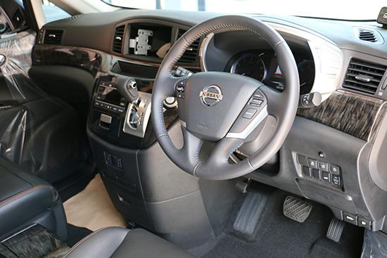 Nissan Elgrand 2015,Nissan Elgrand 2.5 Highway Star Premium,Elgrand 2.5 Highway Star,Elgrand Highway Star,Elgrand 2015,Nissan Elgrand 2015 ราคาพิเศษ,Emperor Import Cars,รถนำเข้า,รถยนต์นำเข้า,รีวิวรถใหม่