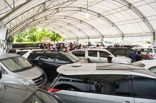 Fast Auto Show Thailand 2015,Fast Auto Show Thailand,พัฒนเดช อาสาสรรพกิจ,เลือกคันที่ชอบ ถอยคันที่ใช่,งานแสดงรถที่ไบเทค บางนา