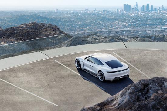Porsche Mission E,ปอร์เช่ Mission E,รถไฟฟ้าปอร์เช่,IAA International Motor Show,Porsche Mission E ยนตกรรมต้นแบบพลังงานไฟฟ้า 4 ที่นั่ง,Mission E