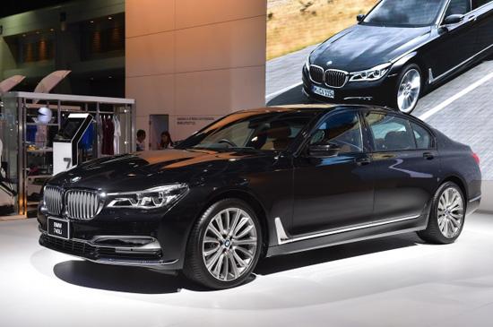 Motorexpo 2015,มอเตอร์ เอ็กซ์โป 2015,บีเอ็มดับเบิลยู,รวมแคมเปญโปรโมชั่นในงาน MOTOR EXPO 2015,แคมเปญ MOTOR EXPO 2015,โปรโมชั่น MOTOR EXPO 2015,แคมเปญมอเตอร์เอกซ์โป 2015,รวมแคมเปญในงานมหกรรมยานยนต์ ครั้งที่ 32,BMW G 310 R,X5 eDrive ไฮบริด