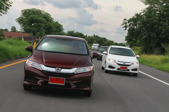 ฮอนด้าครองอันดับหนึ่งยอดจำหน่ายรถยนต์นั่ง,ยอดจำหน่ายรถยนต์นั่ง,ฮอนด้าครองอันดับหนึ่งยอดจำหน่ายรถยนต์นั่งสูงสุดประจำปี 2558