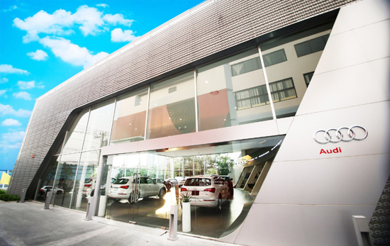 Audi Center Bangkok,โชว์รูมออดี้,ศูนย์บริการรถยนต์ออดี้,Audi TTS ใหม่,Audi TTS 2016,เยอรมัน มอเตอร์ เวอร์ค,โชว์รูม Audi Center Bangkok ถนนเทียมร่วมมิตร-รัชดา