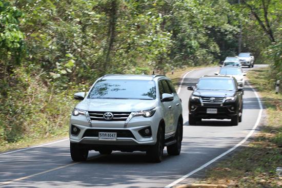 ทดสอบ Toyota Fortuner TRD Sportivo,ทดลองขับ Fortuner TRD Sportivo,รีวิว new Fortuner TRD Sportivo,ชุดแต่ง TRD Sportivo,ชุดแต่ง TRD,โตโยต้า ฟอร์จูนเนอร์ TRD Sportivo,ฟอร์จูนเนอร์ TRD Sportivo,ราคา ฟอร์จูนเนอร์ TRD Sportivo,ราคาโตโยต้า ฟอร์จูนเนอร์ TRD