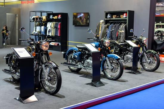 รอยัล เอนฟิลด์,จักรยานยนต์คลาสสิคสัญชาติอังกฤษ,มอเตอร์โชว์ 2016,รอยัล เอ็นฟิลด์ คอนติเนนตัล จีที,รอยัล เอ็นฟิลด์ คลาสสิค โครม,รอยัล เอ็นฟิลด์ คลาสสิค,Royal Enfield Bullet 500