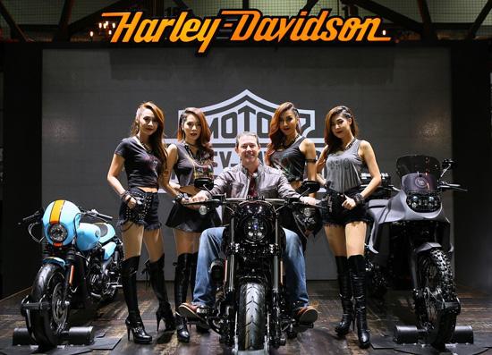 แคมเปญฮาร์เลย์-เดวิดสัน,2016 CVO Pro Street Breakout,มอเตอร์โชว์ ครั้งที่ 37,Dark Custom Harley-Davidson Street 750 Build Off,ฮาร์เลย์-เดวิดสัน
