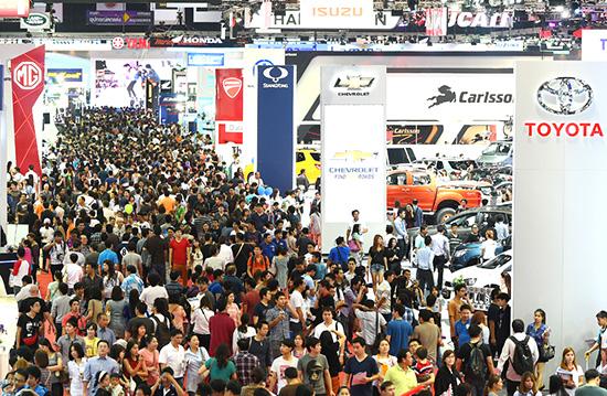 สรุปตลาดรถยนต์เดือนมีนาคม,ยอดขายรถเดือนมีนาคม,ยอดขายรถโตโยต้า,ยอดขายรถอีซูซุ,ยอดขายรถฮอนด้า,ยอดขาย toyota revo,ยอดขายปาเจโร่,ยอดขายรถมาสด้า