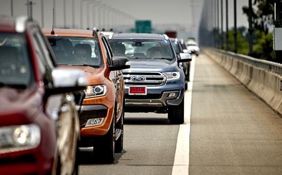 Ford Advanced Driving Experience,ระบบควบคุมความเร็วแบบรักษาระยะห่างอัตโนมัติ,Adaptive Cruise Control,ระบบช่วยควบคุมรถให้อยู่ในช่องทาง,Lane Keeping System,ระบบเตือนการชนด้านหน้า,Forward Collision Warning System,ระบบแจ้งเตือนการขับขี่,Driver Alert System,ระบบเปิด-ปิดไฟสูงอัจฉริยะ,Auto High Beam Control,ระบบช่วยจอดอัจฉริยะ,Active Park Assist,ระบบตรวจจับรถขณะออกจากซองจอด,Cross Traffic Alert