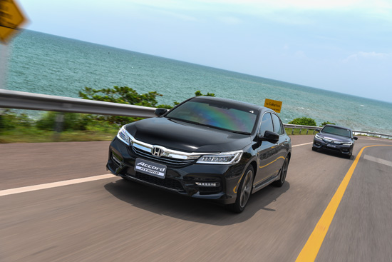 ทดสอบรถ Honda Accord Hybrid,2016 Honda Accord Hybrid รีวิว,ทดลองขับ Accord Hybrid   ใหม่,Honda SENSING,ทดสอบ Accord Hybrid 2016,รีวิว Accord Hybrid,รีวิวรถใหม่,ราคา New Honda   Accord Hybrid,ทดลองขับฮอนด้า แอคคอร์ด ไฮบริด ใหม่,รีวิวแอคคอร์ด ไฮบริด ใหม่