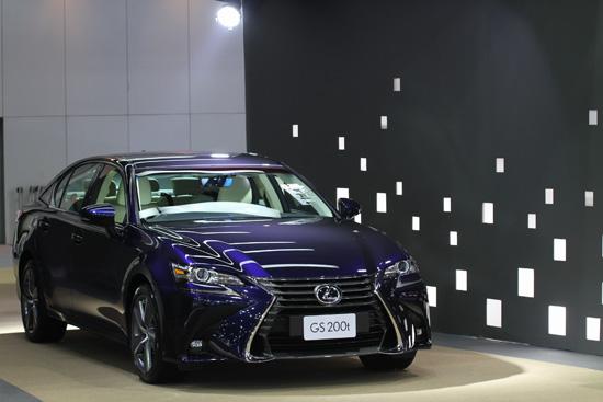 Toyota Corolla Altis รุ่นปรับปรุงโฉมใหม่,Corolla Altis ใหม่,Yaris TRD Sportivo,toyota SIENTA,Motor Expo 2016,รถใหม่ในงาน Motor Expo 2016,แคมเปญ Motor Expo 2016,โปรโมชั่น Motor Expo 2016,แคมเปญโปรโมชั่น Motor Expo 2016