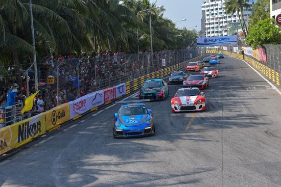 """Racing Spirit (เรซซิ่ง สปิริต)  ผู้จัดการแข่งขันรถยนต์ทางเรียบที่ดีที่สุดในอาเซียน พร้อมสร้างประวัติศาสตร์วงการมอเตอร์สปอร์ตเมืองไทย ฉลองความสำเร็จ 10 ปี บางแสน ไทยแลนด์ สปีดเฟสติวัล ก้าวเข้าสู่มาตรฐานระดับโลก F.I.A. เกรด 3 ภายใต้ชื่อ """"บางแสนกรังปรีซ์"""" ณ ชายหาดบางแสน แหลมแท่น เขาสามมุข จังหวัดชลบุรี ในสนามเฉพาะกิจแบบปิดเมืองริมชายหาดบางแสนที่สวยที่สุดในโลก """"บางแสน สตรีท เซอร์กิต"""" พร้อมทัพนักแข่งระดับแนวหน้าของเมืองไทยไม่ว่าจะเป็น วรวุฒิ ภิรมย์ภักดี, กันตศักดิ์ กุศิริ จาก ทีม Singha Motorsport Team Thailand (สิงห์มอเตอร์สปอร์ตทีมไทยแลนด์), Mr. Henk J Kiks(มร. เฮงค์ เจ กิ๊กส์), Andrew Billski (แอนดรูวบิลส์กี้) จาก B-Quik Racing Team (บีควิก เรซซิ่ง ทีม), สุทธิพงศ์ สมิตชาติ,  ณัฐวุฒิ เจริญสุขะวัฒนะ,  ณัฐพงษ์ ห่อทองคำ จากทีม Toyota Team Thailand (โตโยต้า ทีม ไทยแลนด์), สรัญ เสรีธรณกุล และ กี้ สราวุธ เสรีธรณกุล จากทีม Racing Spirit ครม. คนรักเมีย PSC Motorsport รวมถึงสาวน้อยนักแข่งรถ แคท ณัฐนิช ลีวัฒนาวรากุล จากทีม Morin Top1 RMI Racing Team (โมริน ท็อปวัน อาร์เอ็มไอ เรซซิ่ง ทีม) และพลอย ธัชพรรณ วิจิตรานนท์ จาก Innovation Motorsport (อินโนเวชั่น มอเตอร์สปอร์ต) ที่จะเข้ามาร่วมสร้างประวัติศาสตร์กันในวันที่ 21 – 26 กุมภาพันธ์ 2560  ทั้งนี้ นาย ปรีดา ตันเต็มทรัพย์ รองประธานจัดการแข่งขัน Thailand Super Series ได้กล่าวถึง การสร้างประวัติศาสตร์ของวงการมอเตอร์สปอร์ตในเมืองไทยในครั้งนี้ว่า   """"ความสำเร็จกับการฉลอง 10 ปีบางแสน พร้อมพลิกโฉมก้าวสู่ Bangsaen Grandprix  ในสนาม  Bangsaen Street Circuit  สนามแข่งขันเฉพาะกิจ แบบปิดเมือง ริมชายหาดบางแสน ที่สวยที่สุดในโลก ถือเป็นการยกระดับมอเตอร์สปอร์ตไทยในระดับสากลอีกด้วย พร้อมถือเป็นรายการแข่งขันรถยนต์ที่มีจำนวนรถแข่งเข้าร่วมการแข่งขันมากที่สุดในประเทศไทยที่ได้รับความสนใจจากนักแข่งรถชาวไทยและชาวต่างชาติ มีจำนวนสูงสุดกว่า 350 คัน ซึ่งจะร่วมกันแข่งในรายการ Thailand Super Series และ TCR Thailand   นอกจากนี้ยังมีไฮไลท์รายการ  RAAT Thailand Championship International 2016  ซึ่งถือว่ามีรถแข่งเข้าร่วมการแข่งขันมากที่สุดในประวัติการ กว่า  60 คัน โดยการแข่งขันจะเน้นไปถึงความปลอดภัย และความยุติธรรมของผู้เข้าร่วมแข่งขันเป็นหลัก โดยรูปแบบการแข่งขัน ใ"""
