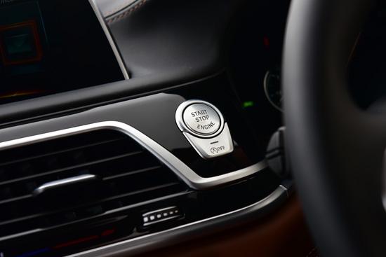 bmw 740Le xDrive Pure Excellence,BMW TwinPower Turbo,M760Li xDrive Model V12 Excellence,320d M Performance,320d GT Sport,20d GT Luxury,บีเอ็มดับเบิลยู ซีรี่ส์ 7 โฉมใหม่,BMW eDrive,เทคโนโลยี iPerformance,เทคโนโลยี M Performance