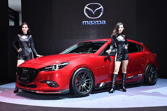 บางกอก ออโต้ ซาลอน 2017,มาสด้า สกายแอคทีฟ,มาสด้า แต่งสวย,mazda แต่งสวย,ชุดแต่ง Mazdaspeed,Mazdaspeed