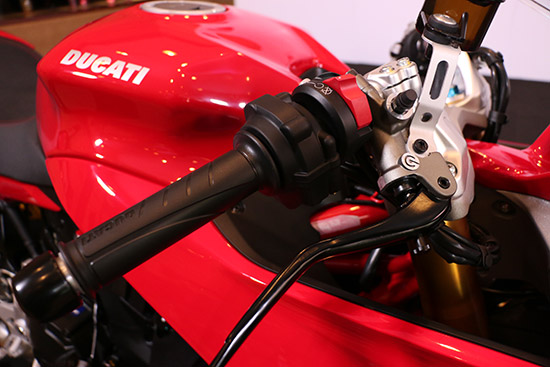 Ducati SuperSport,Ducati 750 Supersport,Ducati Supersport ใหม่,Ducati Supersport 2017,Ducati Thailand,ราคา Ducati Supersport 2017,Ducati Supersport ราคา,DucatiSupersportPhotoContest2017,Ducati Supersport Photo Contest 2017,Sony a9,Everyday Extraordinary