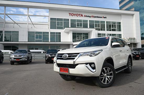 ทดลองขับ Toyota Fortuner รุ่นปรับปรุงใหม่,ทดลองขับ Toyota Fortuner 2017,ทดลองขับ Toyota Fortuner 2.4 Sigma4,ทดสอบรถ Toyota Fortuner รุ่นปรับปรุงใหม่,Toyota Fortuner โฉมใหม่,รีวิว Toyota Fortuner 2017,Toyota Fortuner 2017 รีวิว,ทดลองขับ Toyota Fortuner 2.4V ∑4,ทดลองขับ Toyota Fortuner 2.8V ∑4