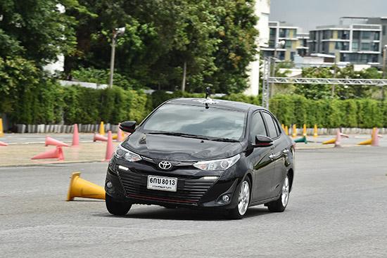 ทดลองขับ Toyota Yaris ATIV ใหม่,ทดลองขับ Yaris ATIV ใหม่,รีวิว Toyota Yaris ATIV,Toyota Yaris ATIV รีวิว,ทดสอบรถ Toyota Yaris ATIV,ทดสอบรถ Toyota Yaris ATIV ใหม่,ลองขับ Yaris ATIV ใหม่,Toyota Yaris ATIV ขับดีไหม,Toyota Yaris ATIV ดีไหม