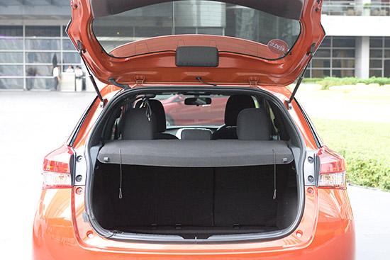 ทดลองขับ Toyota Yaris ใหม่,ทดสอบรถ Toyota Yaris 2017,ทดลองขับ ยาริส ใหม่,ทดลองขับ โตโยต้า ยาริส ใหม่,ทดลองขับ Yaris Hatchback ใหม่,ทดสอบ Toyota Yaris 5 ประตู,Toyota Yaris Hatchback,Toyota Yaris 5 ประตู,Toyota Yaris 2017 รุ่นปรับปรุงโฉมใหม่,โตโยต้า ยา
