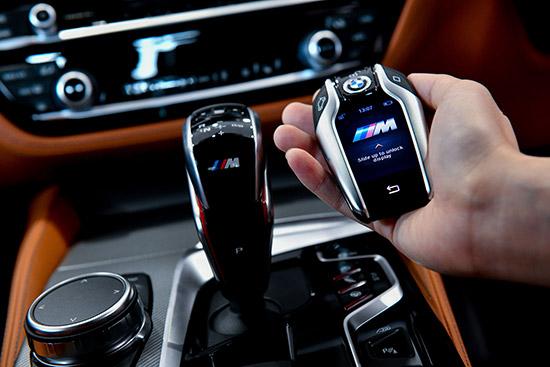 BMW M5 ใหม่,BMW M5 M xDrive,M xDrive,ระบบขับเคลื่อนสี่ล้อ M xDrive,บีเอ็มดับเบิลยู M5 ใหม่,ราคา BMW M5 ใหม่,ราคา BMW M5,2018 BMW M5,BMW M5 2018,All-New BMW M5