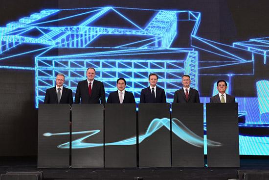 โรงงานผลิตแบตเตอรี่ เมอร์เซเดส-เบนซ์,โรงงานผลิตแบตเตอรี่รถยนต์ไฟฟ้า,Battery Electric Vehicle,โรงงานผลิตแบตเตอรี่แห่งที่ 6 ของเมอร์เซเดส-เบนซ์,Mercedes-Benz Cars battery production Thailand