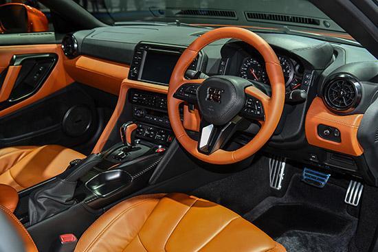 Nissan GT-R Premium edition,Nissan GT-R,Nissan GTR Premium edition,Nissan GTR,2018 Nissan GT-R Premium edition,Nissan GT-R ใหม่,ราคา Nissan GT-R,ราคา GT-R ใหม่,siam nissan tkf,Nissan High Performance Center,tkf nissan,ฮิโรชิ ทามูระ,ราคา Nissan GTR ใหม่