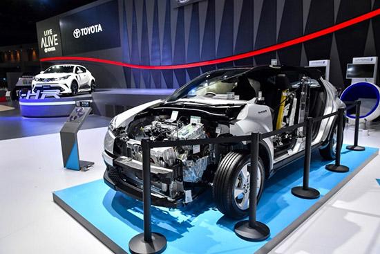 Toyota C-HR,Toyota C-HR ใหม่,Toyota C-HR 2018,Toyota T-Connect Telematics,TOYOTA ALPHARD ใหม่,แคมเปญรถยนต์โตโยต้า,TNGA