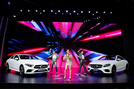 เมอร์เซเดส-เบนซ์,The new CLS,CLS ใหม่,2018 The new CLS,CLS 300 d AMG Premium,ราคา CLS 300 d AMG Premium,CLS 300d ใหม่,The E 200 Coupe AMG Dynamic,ราคา E 200 Coupe AMG Dynamic,E 200 Coupe ใหม่,ราคา CLS 300d ใหม่,ราคา E 200 Coupe ใหม่