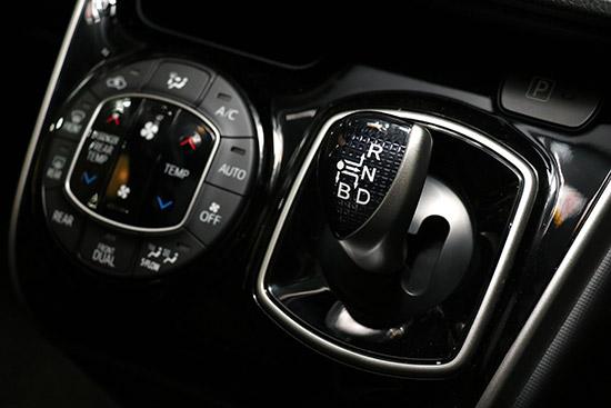 New Voxy ZS Hybrid,Hybrid ZS KIRAMEKI,ZS KIRAMEKI,New Voxy,New Voxy ZS,New Voxy 2018,eton-import,แคมเปญสุขคูณสอง,ETON-import,ETON import,อีตั้น กรุ๊ป,ฟรีประกันภัยชั้น 1,บริการถ่ายน้ำมันเครื่อง 5 ปี,Alphard,Vellfire,Toyota Vellfire,Toyota Alphard,แคมเปญ อีตั้น สุขคูณสอง,รถนำเข้า,รถยนต์นำเข้า