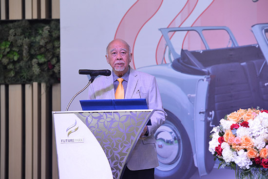 งานประกวดรถโบราณ ครั้งที่ 42,ขวัญชัย ปภัสร์พงษ์,งานประกวดรถโบราณ,สมาคมรถโบราณแห่งประเทศไทย,ศูนย์การค้าฟิวเจอร์พาร์ค รังสิต