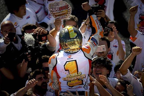 Marquez,อันเดรีย โดวิซิโอโซ,วาเลนติโน่ รอสซี่,มูวิสตาร์ ยามาฮ่า โมโตจีพี,โมโตจีพี,MotoGp,MotoGp Thailand,MotoGp 2018,MotoGp 2018 Thailand,Thailand MotoGp 2018,The Doctor VR46,Movistar Yamaha MotoGP