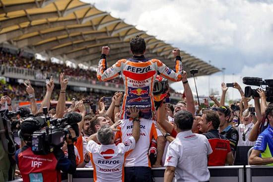 มาร์ค มาร์เกซ,เรปโซล ฮอนด้า,Marquez,MM93,Marquez,MarcMarquez93,วาเลนติโน่ รอสซี่,มูวิสตาร์ ยามาฮ่า โมโตจีพี,โมโตจีพี,MotoGp,MotoGp Thailand,MotoGp 2018,MotoGp 2018 Thailand,Thailand MotoGp 2018,The Doctor VR46,Movistar Yamaha MotoGP