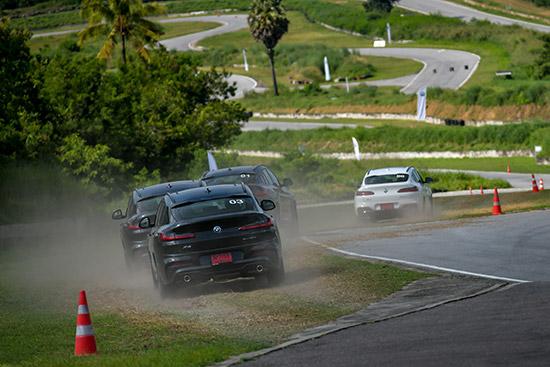 Testdrive BMW X4 xDrive20d M Sport,ทดสอบรถ BMW X4 xDrive20d M Sport,ทดสอบรถ BMW X4,ทดสอบรถ BMW X4 20d,ทดลองขับ BMW X4 xDrive20d M Sport,ทดลองขับ BMW X4 xDrive20d,รีวิว BMW X4 xDrive20d M Sport,รีวิว BMW X4,review BMW X4,ทดสอบรถยนต์บีเอ็มดับเบิลยู,ลอง
