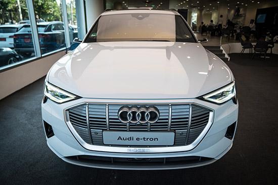 Audi e-tron,ราคา Audi e-tron,รถยนต์พลังงานไฟฟ้า,Audi EV,เอสยูวีพลังงานไฟฟ้า,Audi e-tron เอสยูวีพลังงานไฟฟ้า,electric quattro,Audi e-tron 55 quattro,e-tron 55 quattro,ราคา Audi e-tron 55 quattro