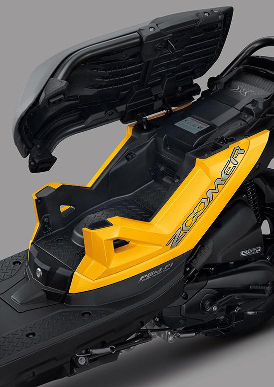 New Honda Zoomer-X,Honda Zoomer-X,Honda Zoomer-X ใหม่,Honda Zoomer-X 2019,ราคา Honda Zoomer-X ใหม่,Unblocker We Are,ออกมาดิ,ยัวบอยทีเจ,ราคาแนะนำ 55,700 บาท,Honda Wing Center,Zoomer-X ใหม่,ราคา Zoomer-X ใหม่