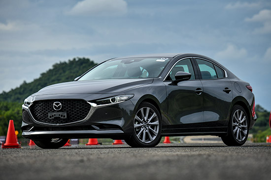 https://www.auto-thailand.com/TestDrive/All-New-Mazda-3-Sneak-Preview.html