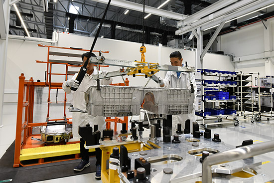 แบตเตอรี่แรงดันสูง,โรงงานประกอบแบตเตอรี่แรงดันสูง,โมดูลแบตเตอรี่,การประกอบตัวแบตเตอรี่ไฮบริด,โรงงานประกอบแบตเตอรี่ไฮบริด