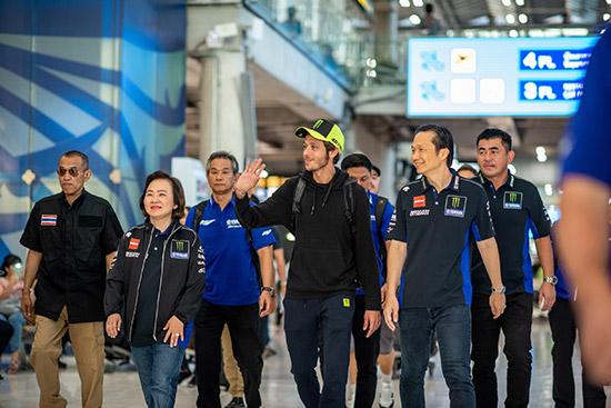 วาเลนติโน่ รอสซี่,MotoGP สนามที่ 15,PTT Thailand Grand Prix 2019,Valentino Rossi,ยามาฮ่า ไทยแลนด์ เรซซิ่งทีม,มอนสเตอร์ เอเนอร์จี ยามาฮ่า โมโตจีพี,ThaiGP,ThaiMotoGP,Rossi ถึงไทยแล้ว