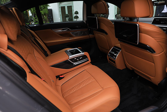 BMW 7 Series,BMW Series 7,745Le xDrive M Sport,730Ld sDrive M Sport,BMW 745Le xDrive M Sport,BMW 730Ld sDrive M Sport,ราคา BMW 745Le xDrive M Sport,ราคา BMW 730Ld sDrive M Sport