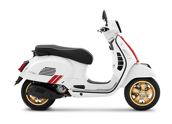 Vespa Racing Sixties,Vespa Sprint 150 i-Get ABS Racing Sixties,Vespa GTS Super 300 HPE Racing Sixties,GTS Super 300 HPE Racing Sixties,Sprint 150 i-Get ABS Racing Sixties,Vespa Sprint 150,Vespa GTS Super 300 HPE,GTS Racing Sixties,Sprint Racing Sixties